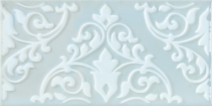 Cromatica Kleber Pearl 25x75. Large format 3D effect decorative glossy bathroom wall tile.