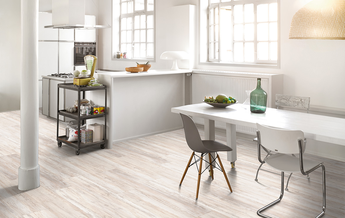 Kitchen interior design with wood effect vinyl flooring Parador Basic 5.3 Scandinavian White Pine 1209x225x5.3mm.